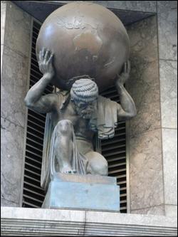 atlas_statue