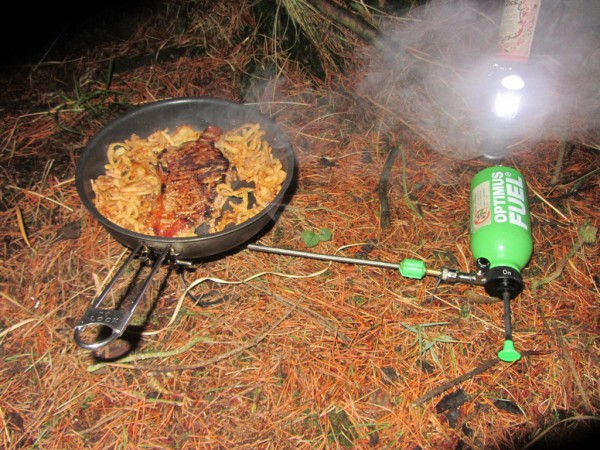 Steak and tobacco onions. Yum.