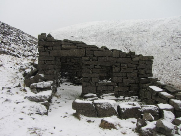 An old hut on the way back down the valley. There must have been stone quarried up here at some stage.